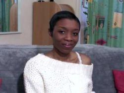 Nackte Teenager ebony